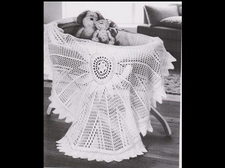Round crochet shawl called SUNNYSIDE