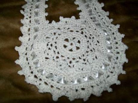 Crochet round cotton bib Lacy