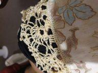 <blockquote>Scallop edge for shawl and pillowcase</blockquote>